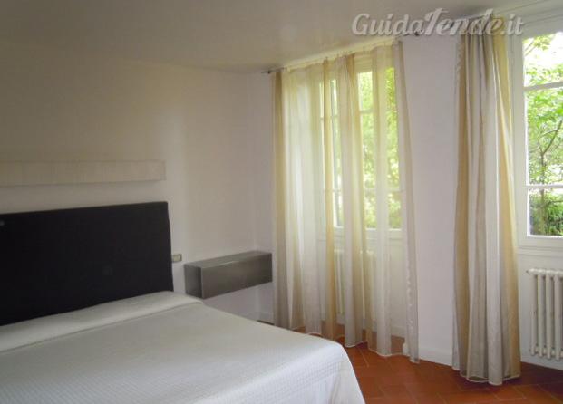 Immagini di confezioni gianna tende - Tende camera da letto ...